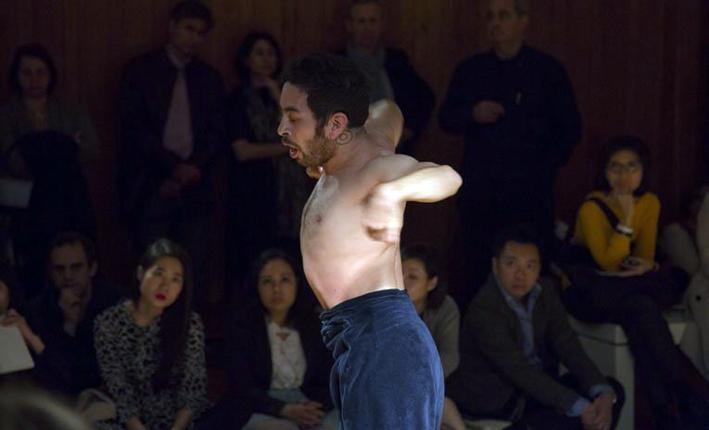 Eduardo Fukushima in Crooked Body (photo ©RolexBart Michiels)