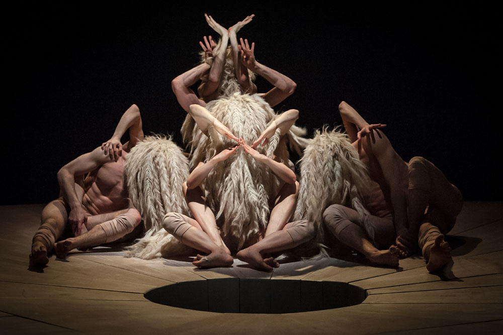 Scottish Dance Theatre in Damien Jalet's YAMA (photo: Brian Hartley)