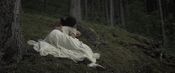 Lívia Rangel and Fernanda Lippi in the film Sea Without Shore