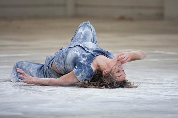Anna Borràs in SIQ, winner of Il Certamen Mujer Contemporánea