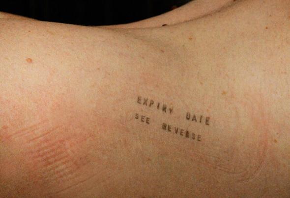 Publicity image for Neus Gil Cortés' Here Body (photo: Patricio Forrester)