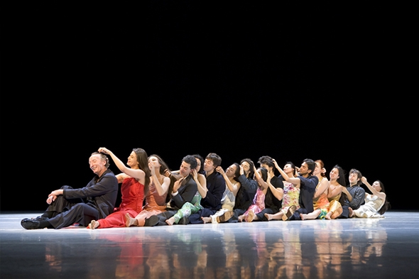 "Tanztheater Wuppertal Pina Bausch in ""...como el musguito..."" (photo: Laurent Philippe)"